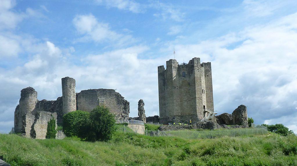 Conisbrough – Castles & Crossings